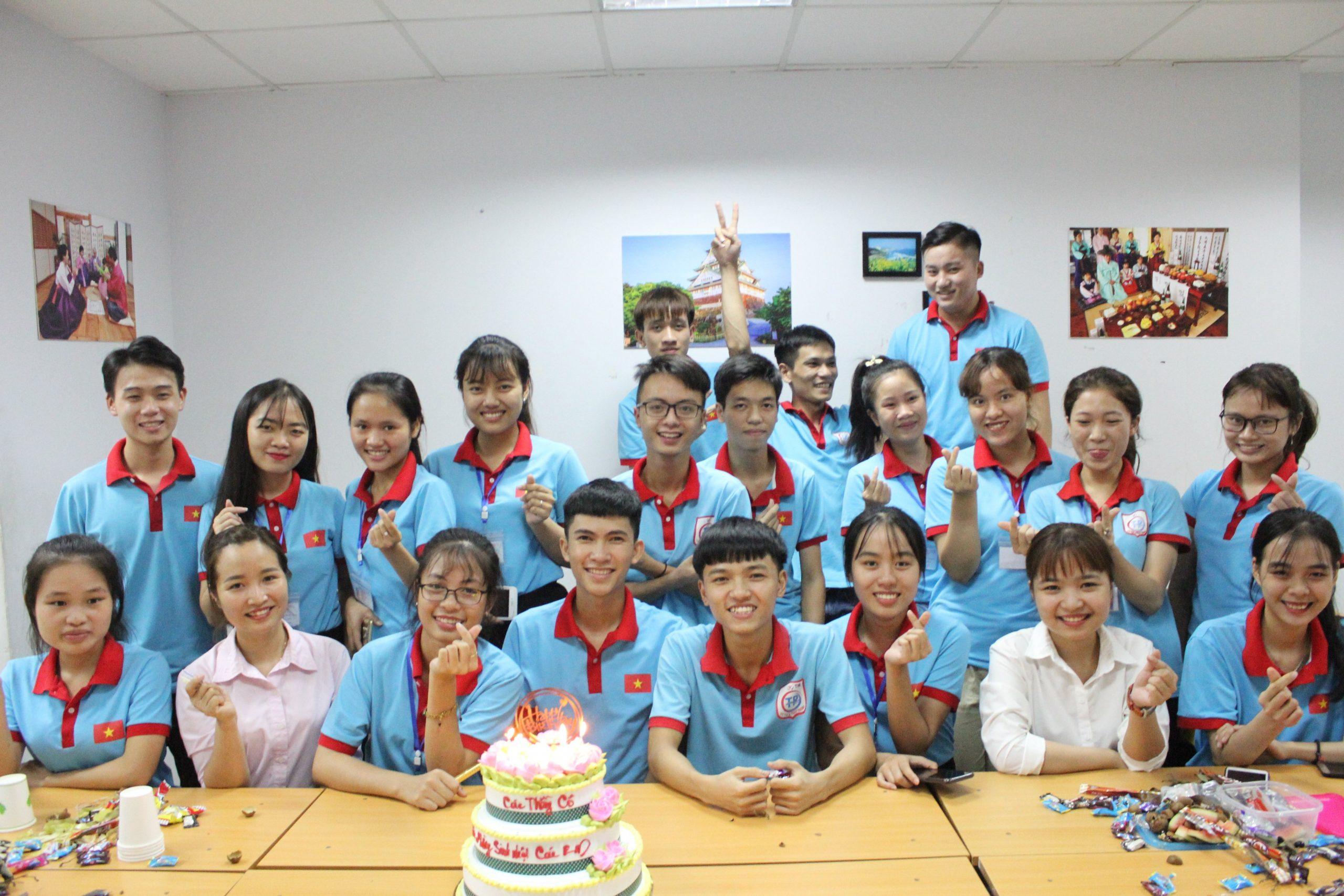 Sinh nhật tháng 7/2019 của học viên Tín Phát Hà Nội