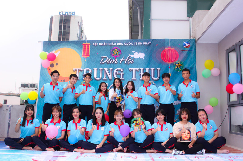 Học sinh Tín Phát vui Tết Trung thu 2020