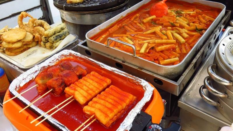 Tôi thích nghi với văn hóa ẩm Tôi thích nghi với văn hóa ẩm thực nhanh chóngthực nhanh chóng